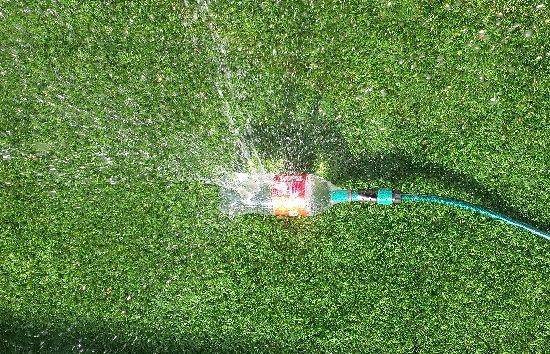 Irrigatore da giardino fai da te